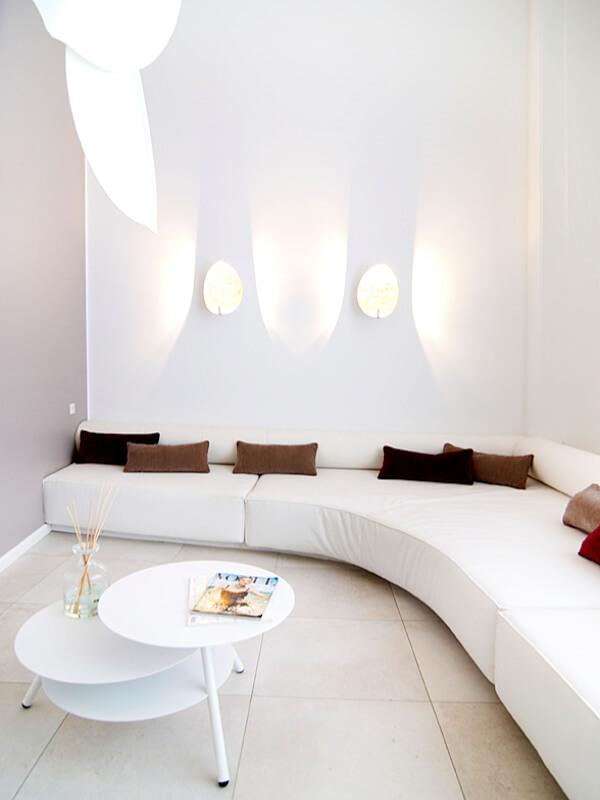 Mia Spa Couch